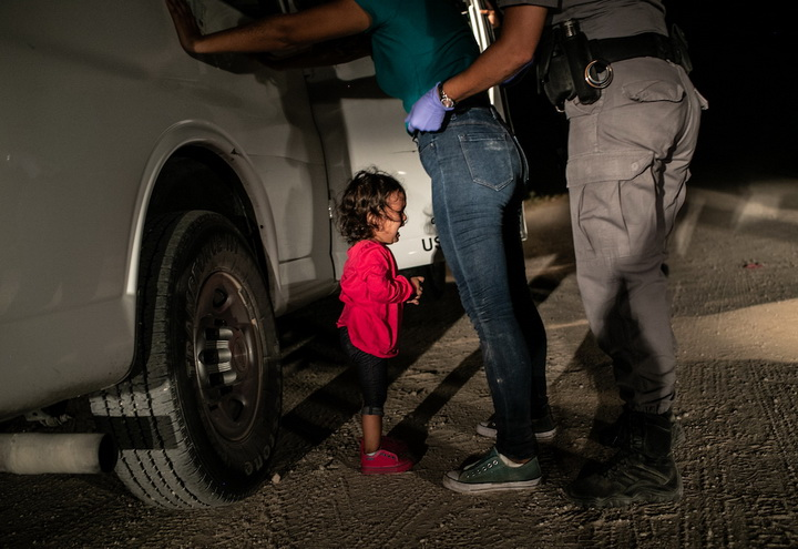 John Moore, Getty Images, Crying Girl on the Border