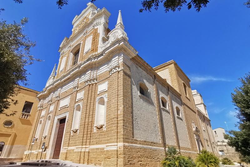 Chiesa S.Teresa. Foto © Mauro Orrico