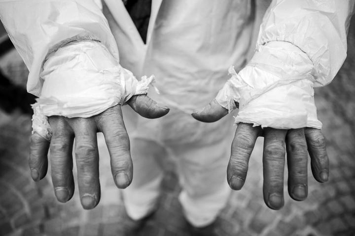 Le mani della città. Di Claudia Pajewski.