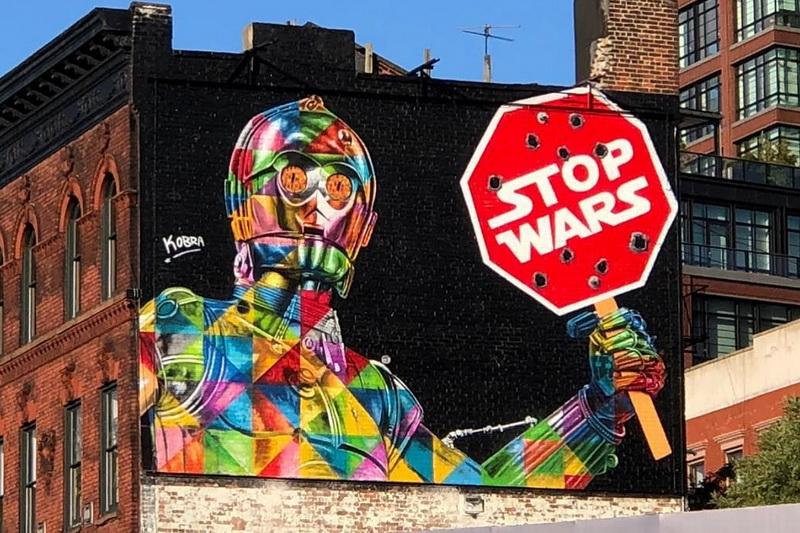 """Stop Wars"" di Eduardo Kobra (391 Christopher St)"