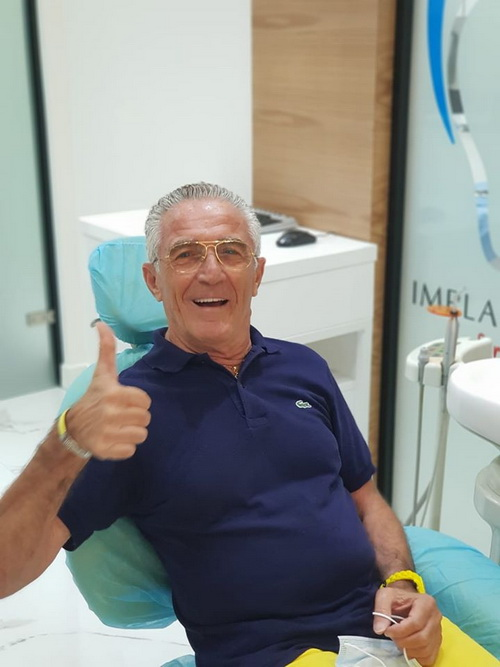 Un paziente di Impladental