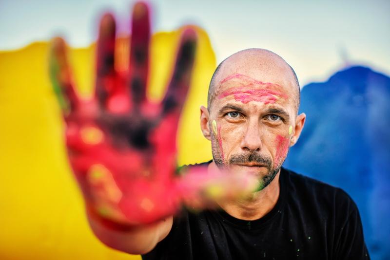 Il pop artist Massimo Sirelli