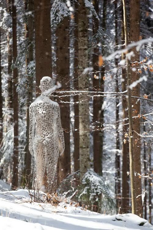 La donna invisibile, Cédric Le Borgne. Foto: Giacomo Bianchi © Arte Sella