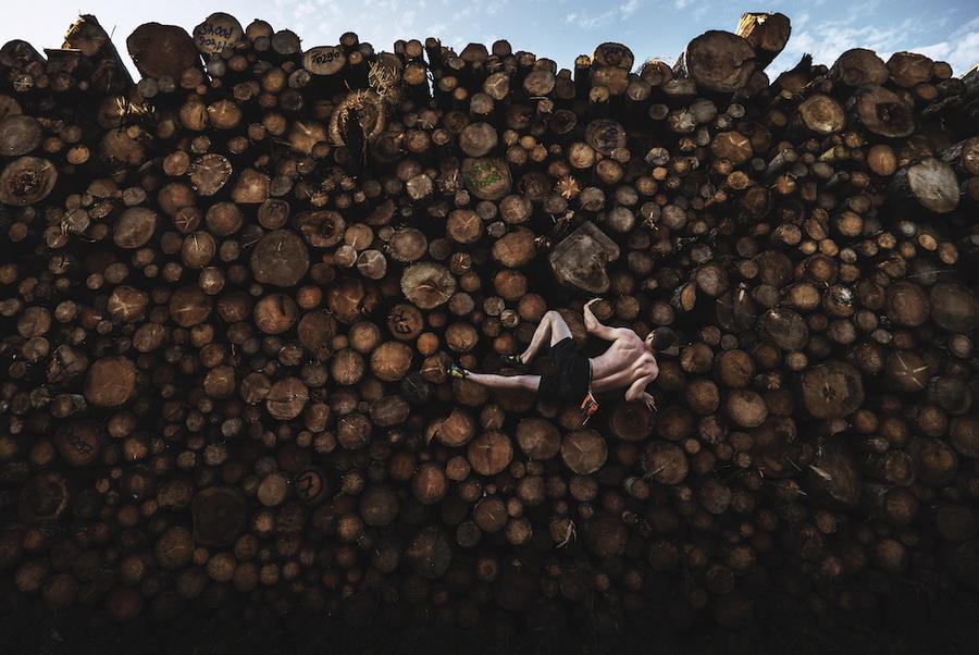 Log Pile Bouldering © Adam Pretty, Australia (Sport, 1° premio)